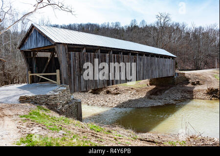 Cabin Creek Covered Bridge in Lewis County Kentucky - Stock Image