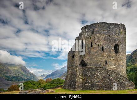 Dolbadarn Castle in Llanberis, Snowdonia National Park, North Wales - Stock Image