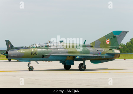 Croatian Air Force MiG-21 UMD '166' taxiing - Stock Image