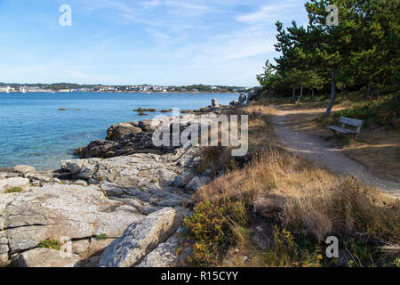 Looking to Concarneau across water - Stock Image