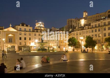 Portugal Lisbon Rossio square at night Lissabon Rossio Platz bei Nacht - Stock Image