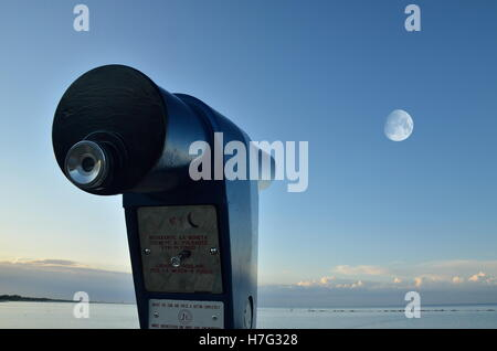telescope with amazing blue sky in summer - Stock Image