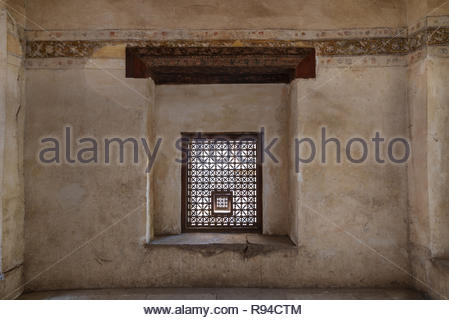 Interleaved grunge wooden window (Mashrabiya) at historic Beit El Set Waseela building (Waseela Hanem House), Medieval Cairo, Egypt - Stock Image