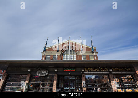OTTAWA, CANADA - NOVEMBER 11, 2018: Main building of the Hall of Byward market, in Lower Town. It is a former market place and farmer's market, and a  - Stock Image