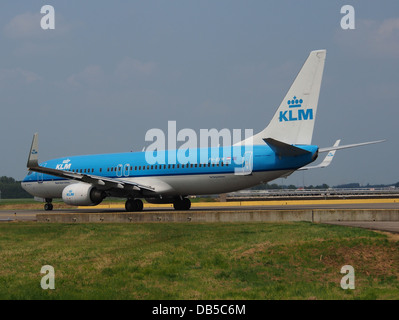 PH-BXW KLM Royal Dutch Airlines Boeing 737-8K2(WL) - cn 30360 4 - Stock Image
