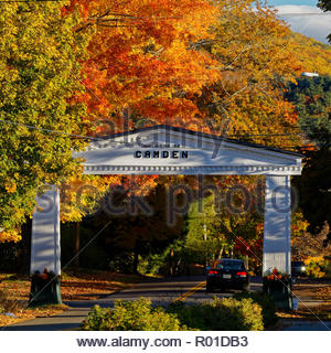 Arch over road to Camden, Maine, USA - Stock Image