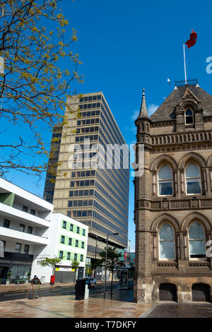 The North West corner of Centre Square Middlesbrough Cleveland North Yorkshire with the Town Hall and a glass office block.  Usually busy it is quiet  - Stock Image