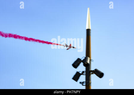 Bournemouth, UK. 31st August, 2018. The RAF Red Arrows put on an impressive aerial display at the Bournemouth Air Festival in Dorset. The free weekend festival goes on until the 2nd September 2018. Credit: Thomas Faull/Alamy Live News - Stock Image