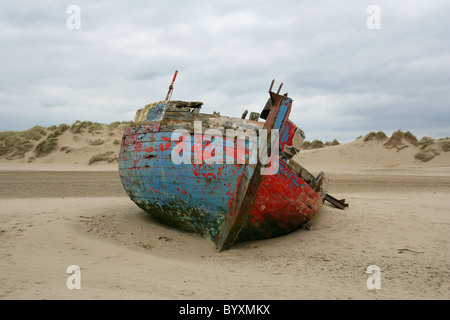 Boat Wreck, Barnstaple Sand Dunes, Devon, UK - Stock Image