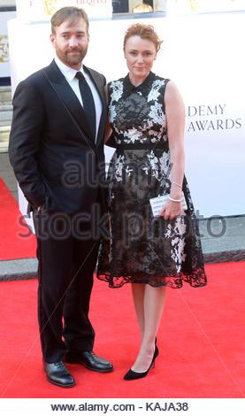 Matthew Macfadyen and Keeley Hawes. The BAFTA Television Awards at Theatre Royal, London. - Stock Image
