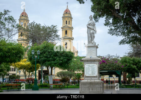 View of the Cathedral from the main square in the centre of the city of Piura, Peru - Stock Image