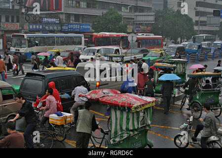 CHENGDU, CHINA - SEPTEMBER 23: View on the heavy traffic jam in - Stock Image