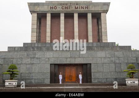 The Ho Chi Minh Mausoleum & guards, Hanoi Vietnam - Stock Image