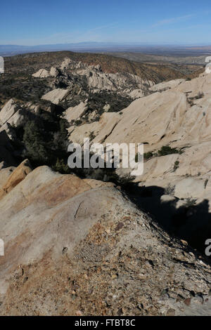 Devil's Punchbowl Natural Area County of Los Angeles San Andres fault fracture canyon bluff Punchbowl and Pinyon - Stock Image