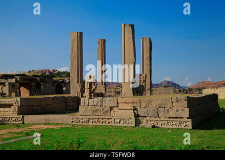 four pillers at hampi - Stock Image