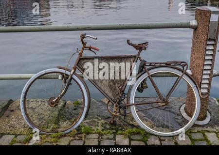 Old bike, Bergen, Norway. - Stock Image