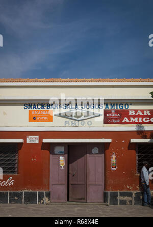 Snack bar in an old portuguese colonial building, Namibe Province, Namibe, Angola - Stock Image