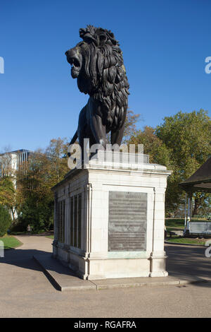 The Forbury Lion memorial in Forbury Gardens, Reading - Stock Image