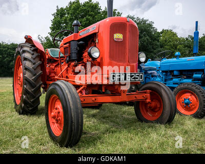 Nuffield 10/60 Tractor at the Wrotham Classic Steam and Transport Rally 2016 - Stock Image