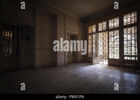 Interior view of a room in an abandoned castle in France. - Stock Image