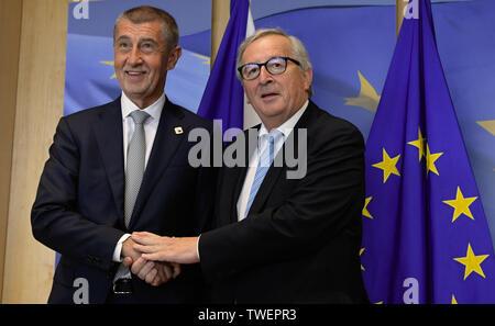 Brussels, Belgium. 20th June, 2019. Czech Prime Minister Andrej Babis, left, meets European Commission President Jean-Claude Juncker, right, on June 20, 2019, in Brussels, Belgium. Credit: Jakub Dospiva/CTK Photo/Alamy Live News - Stock Image