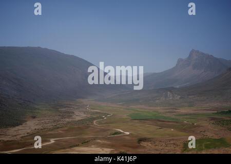 Rural countryside near Bidegol, Fars Province, Iran - Stock Image