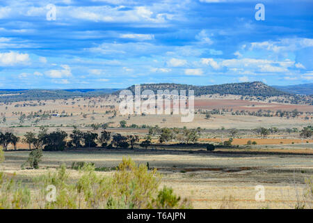Picturesque scenery along the Carnarvon Highway, Queensland, QLD, Australia - Stock Image