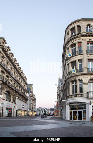 Shops and buildings in Rue de la Sellerie St Quentin Aisne France - Stock Image