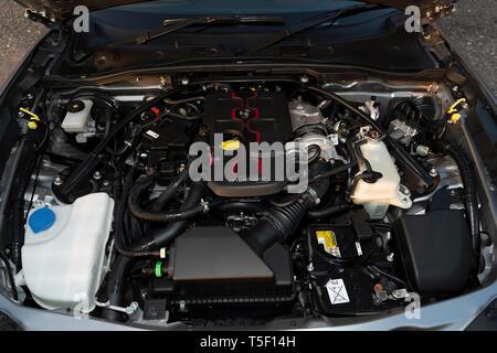 2018 Fiat 124 Abarth Spider engine - Stock Image