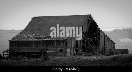 old abandoned barn - Stock Image