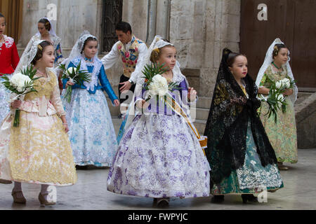 Children in their traditional costume at the annual offerings to the Lady of the Forsaken Valencia Spain - Stock Image