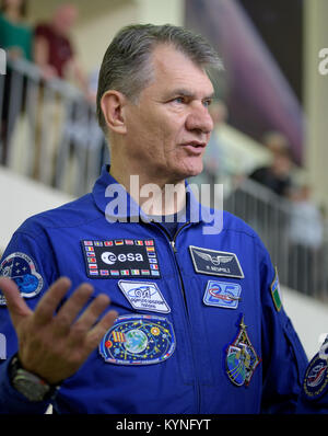 Expedition 52 flight engineer Paolo Nespoli of ESA answers questions from the media as he and Randy Bresnik of NASA, - Stock Image