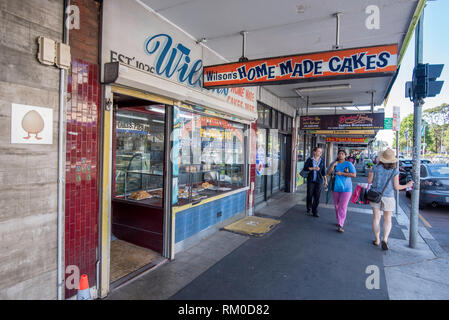Wilson's Home Made Cakes established in 1926 is still operating on Botany Road, Mascot in Sydney nearly 100 years later - Stock Image