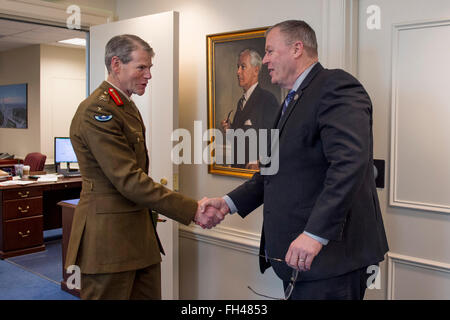Deputy Secretary of Defense Bob Work greets Deputy Supreme Allied Commander Europe General Sir Adrian Bradshaw at - Stock Image
