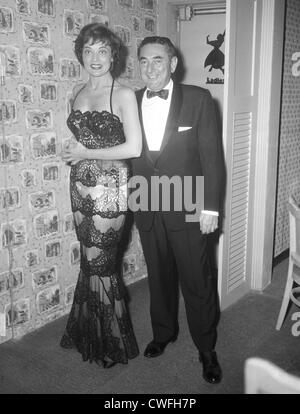Singer Julie Wilson wearing a lace gown at the Casablanca Restaurant, Palm Beach, Florida, ca 1955 - Stock Image