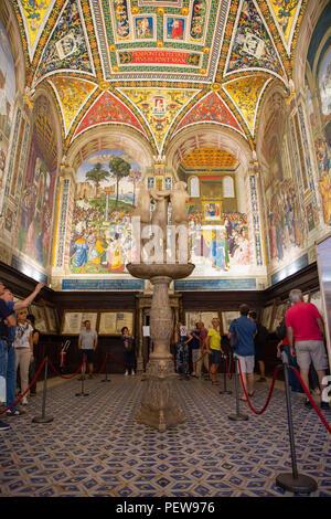 Piccolomini Library inside Siena Cathedral, Siena, Tuscany, Italy - Stock Image
