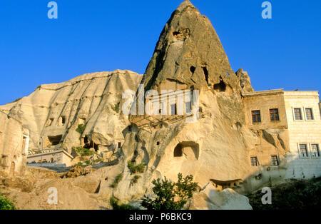 Turkey, Central Anatolia, Cappadocia, Nevsehir province, Goreme, troglodytic house - Stock Image