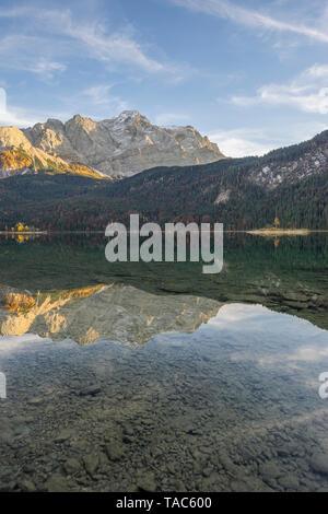 Germany, Garmisch-Partenkirchen, Grainau, Lake Eibsee - Stock Image