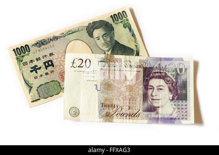 One thousand yen note alongside a twenty pound note on a white background. - Stock Image