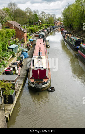Saltisford Canal wharf Arm of the Grand Union Canal has been restored. Warwick, Warwickshire, West Midlands, England, UK, Britain - Stock Image