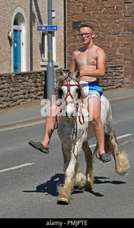 Gypsy Traveller riding horse. Appleby Horse Fair 2018. The Sands, Appleby-in-Westmorland, Cumbria, England, United Kingdom, Europe. - Stock Image