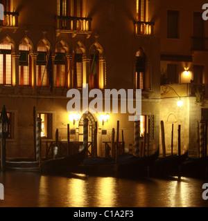 Foscari Palace Hotel, Venice at night, Italy - Stock Image