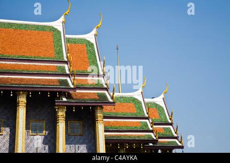 Thailand, Bangkok. Roof detail of Royal Pantheon at Wat Phra Kaew (Temple of the Emerald Buddha). - Stock Image