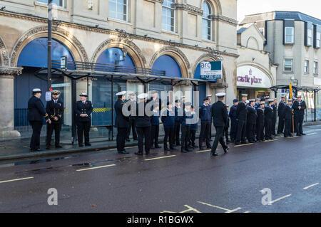 Trowbridge, Wiltshire, UK. 11th Nov, 2018. Sea Cadets prepare for remembrance parade Credit Estelle Bowden/Alamy Live news - Stock Image