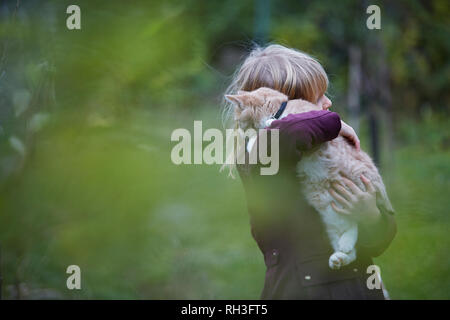 Girl with cat - Stock Image