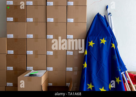 Ongoing preparations prior to the 2019 European Parliament election in the Czech Republic are seen on May 21, 2019, in Hradec Kralove, Czech Republic. (CTK Photo/David Tanecek) - Stock Image