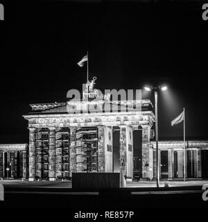August 1986, illuminated Brandenburg Gate at night in East Berlin, West Berlin side, Germany, Europe, - Stock Image