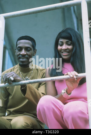 IKE AND TINA TURNER American pop musicians about 1972 - Stock Image