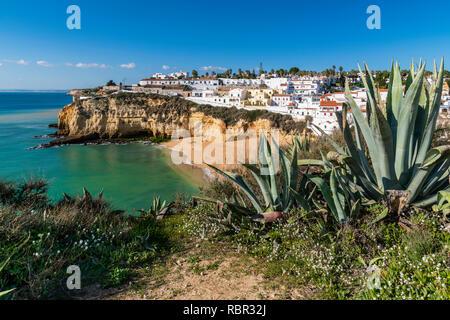 Praia de Carvoeiro, Carvoeiro, Lagoa, Algarve, Portugal - Stock Image