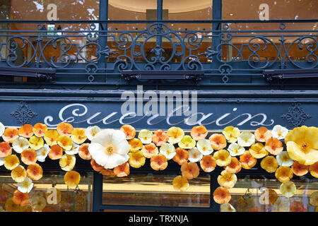 PARIS, FRANCE - JULY 22, 2017: Guerlain cosmetics luxury store sign in avenue Montaigne in Paris, France. - Stock Image